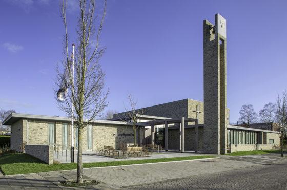 Kerkgebouw rijsenhout enzo architectuur interieur 3 560x371