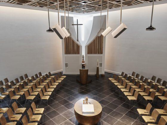 Kerkgebouw rijsenhout enzo architectuur interieur 9 560x420