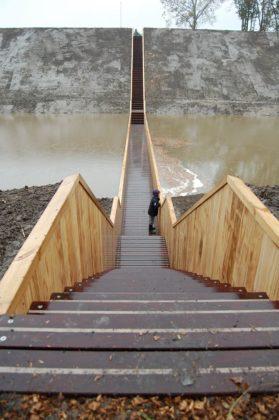 Loopgraafbrug op fort de roovere 10 279x420