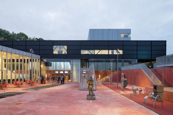 Museumplein limburg in kerkrade door shift architecture urbanism 1 560x374