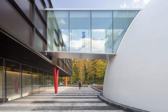 Museumplein limburg in kerkrade door shift architecture urbanism 18 560x374
