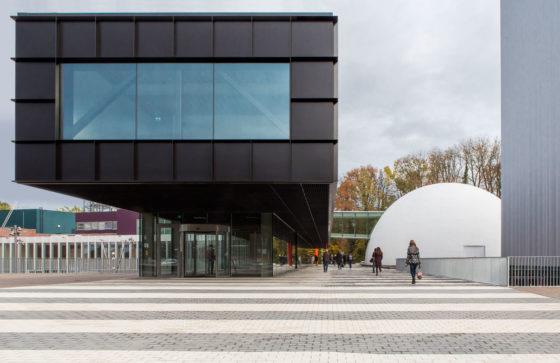 Museumplein limburg in kerkrade door shift architecture urbanism 20 560x363