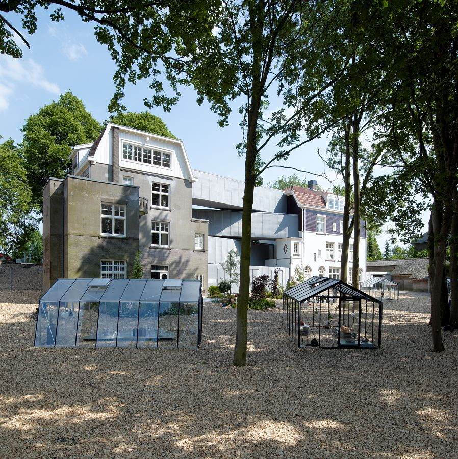 Nationaal Glasmuseum in Leerdam door Bureau SLA - De Architect