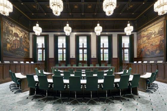 Nominatie arc16 interieur award raadzaal stadhuis rotterdam demunnik dejong architecten merk x 0 560x373