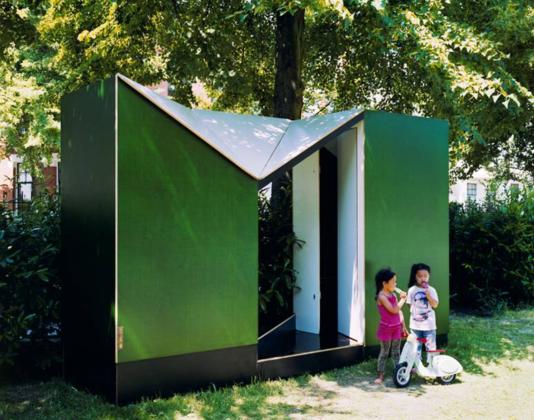 Openbaar pop up toilet easehouse in rotterdam 9 534x420