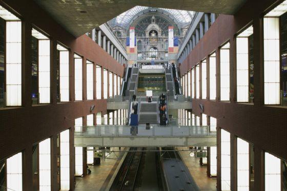 Reconversie station antwerpen centraal door eurostation 0 560x373