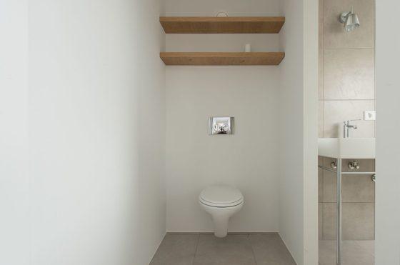 Renovatie rijtjeshuis in wassenaar door global architects 0 560x371