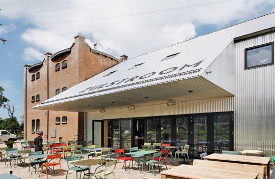 Restaurant en kookstudio zijlstroom in leiderdorp door kingma roorda architecten en marian de bock 0 560x364