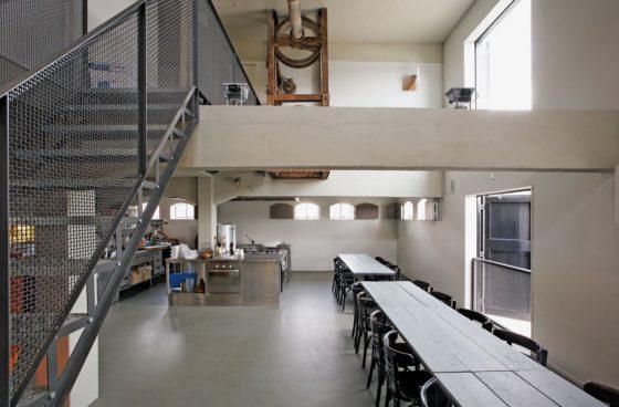 Restaurant en kookstudio zijlstroom in leiderdorp door kingma roorda architecten en marian de bock 4 560x368