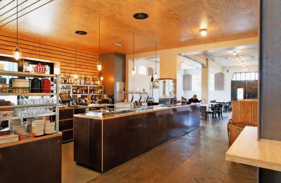 Restaurant en kookstudio zijlstroom in leiderdorp door kingma roorda architecten en marian de bock 6 560x365