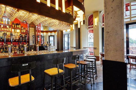 Restaurantbar holy smoke in rotterdam door studio modijefsky 0 560x373