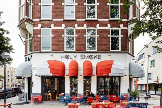 Restaurantbar holy smoke in rotterdam door studio modijefsky 8 560x373