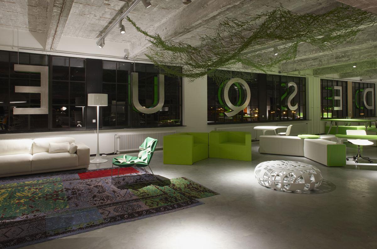 Showroom desque in eindhoven door m r interieurarchitecten for Interieurarchitecten nederland
