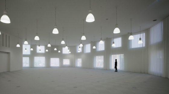 Sia aoyama building in tokio door jun aoki en associates 1 560x311