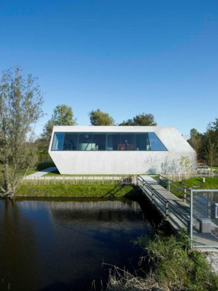 Sodae house in amstelveen door vmx architects 1 315x420