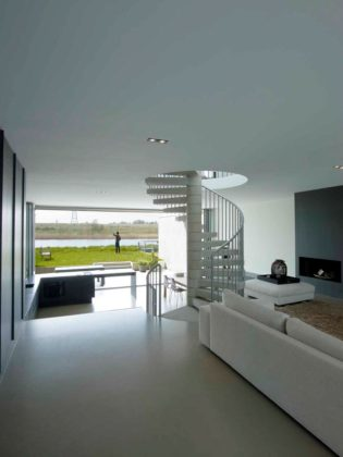 Sodae house in amstelveen door vmx architects 10 315x420