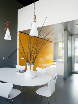 Sodae house in amstelveen door vmx architects 14 315x420