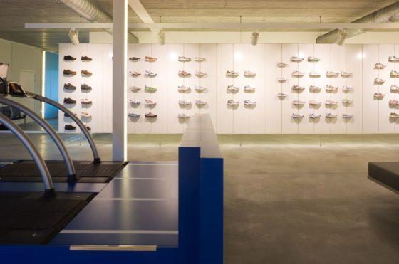 Sportwinkel top running in wuustwezel door puur interieurarchitecten 0 560x371