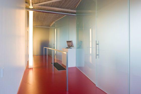Sportwinkel top running in wuustwezel door puur interieurarchitecten 5 560x371