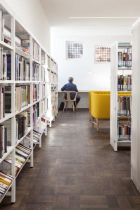 Stadsbibliotheek in brugge b door studio farris 10 280x420