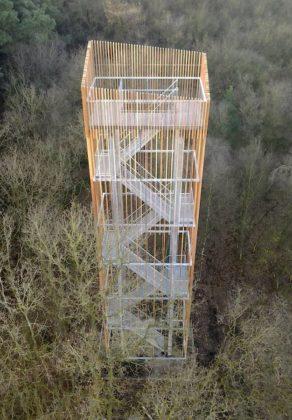 Uitkijktoren aan het vechtdal in dalfsen 1 292x420