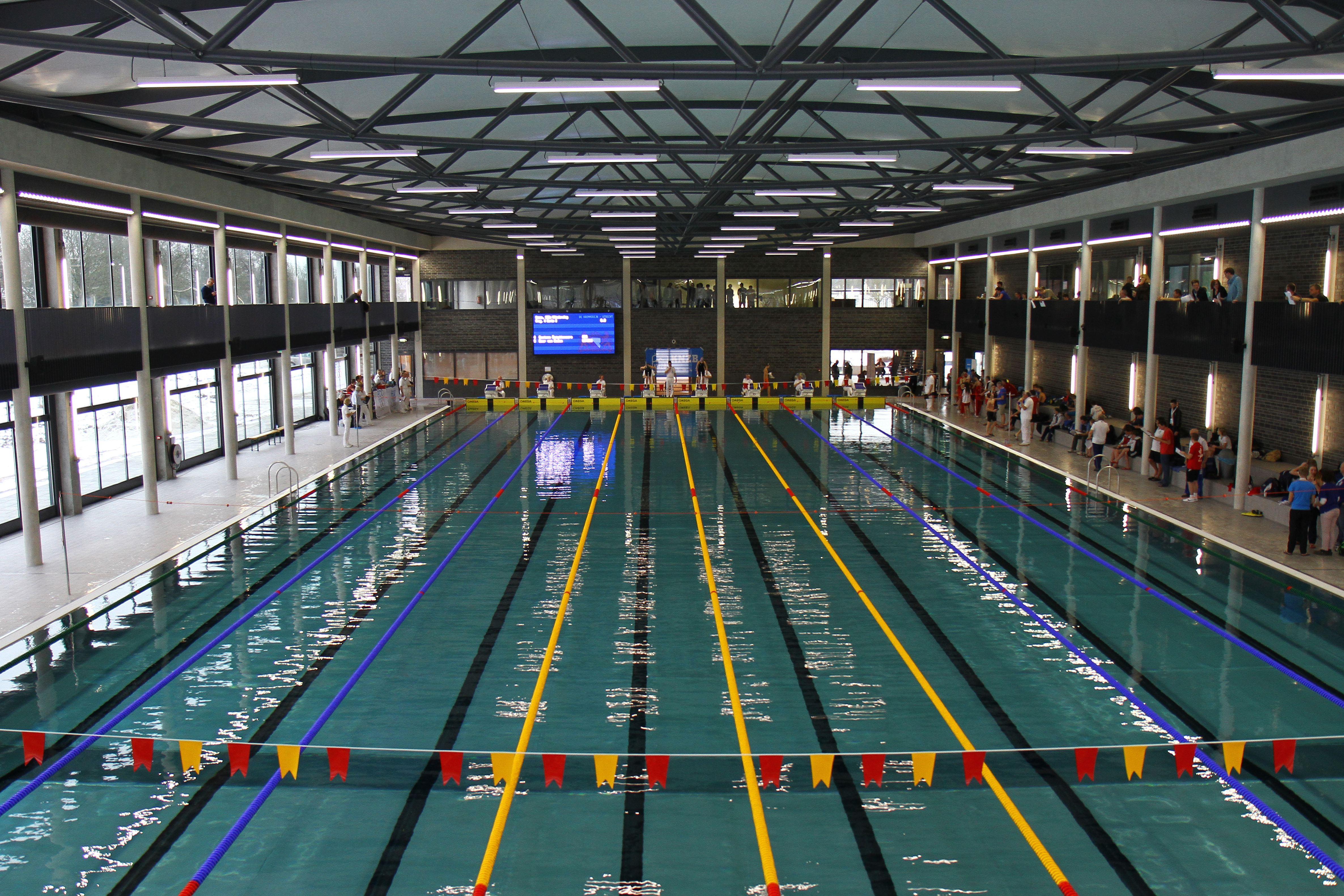 Zwembad de krommerijn in utrecht de architect for Zwembad uden