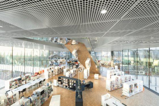 04 biblioth%c3%a8que alexis de tocqueville  photo by delfino sisto legnani and marco cappelletti 560x373