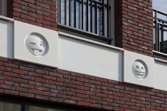 Emoticon facade attika architekten 13 560x373