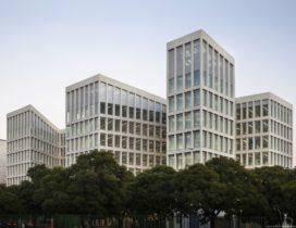 Kantoorgebouw Pablo Picasso Sevilla – Cruz y Ortiz