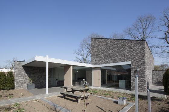 Energiepositieve woning sterksel joris verhoeven architectuur 4 560x373