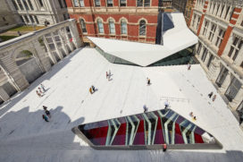Nieuwe entree V&A door Amanda Levete Architects geopend