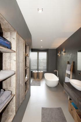 12 bathrooms marc architects 279x420