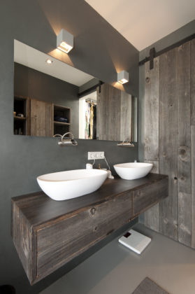 13 bathrooms marc architects 279x420