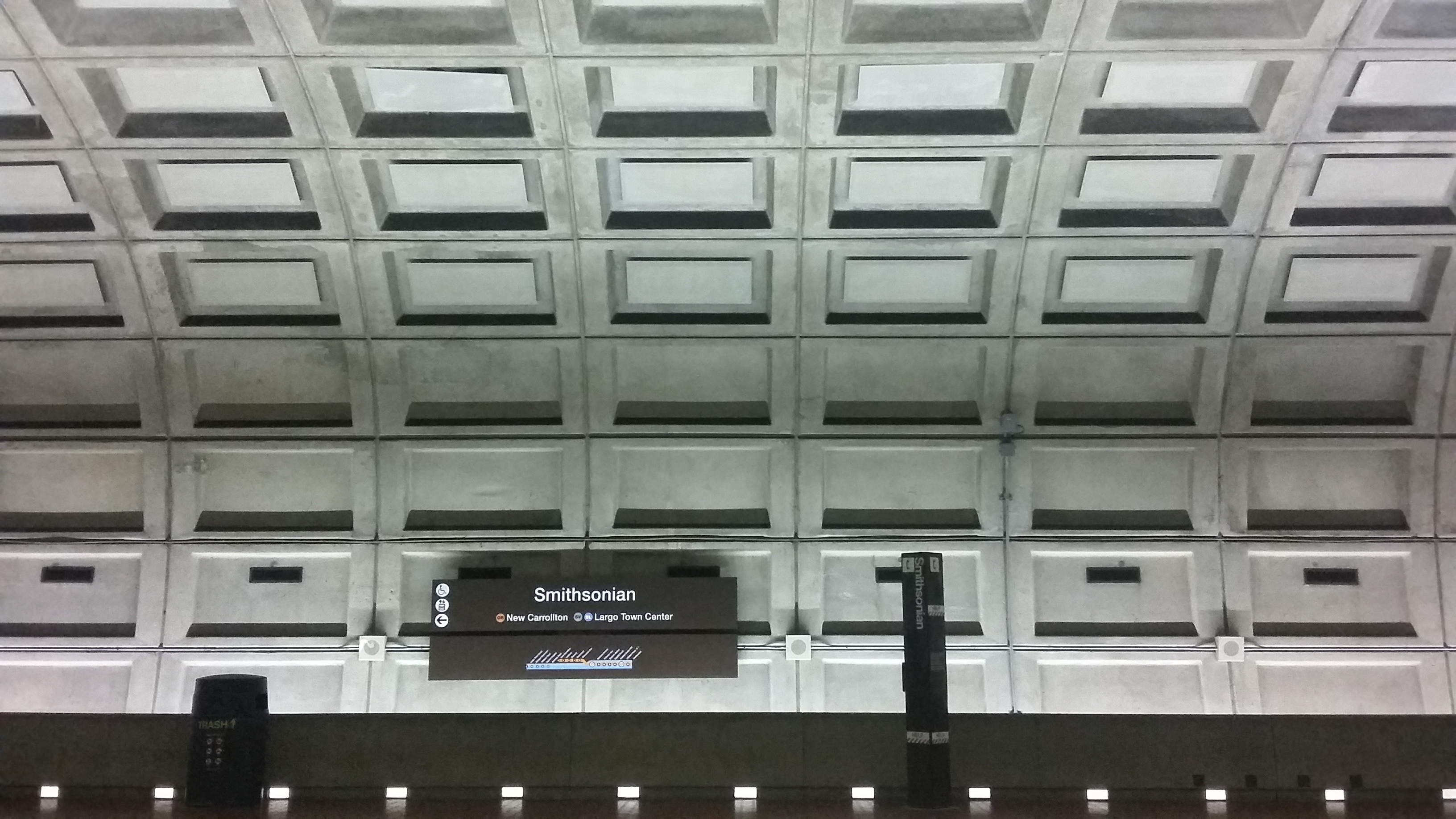 Zomerfoto Armand Hermans Metrostation Washington