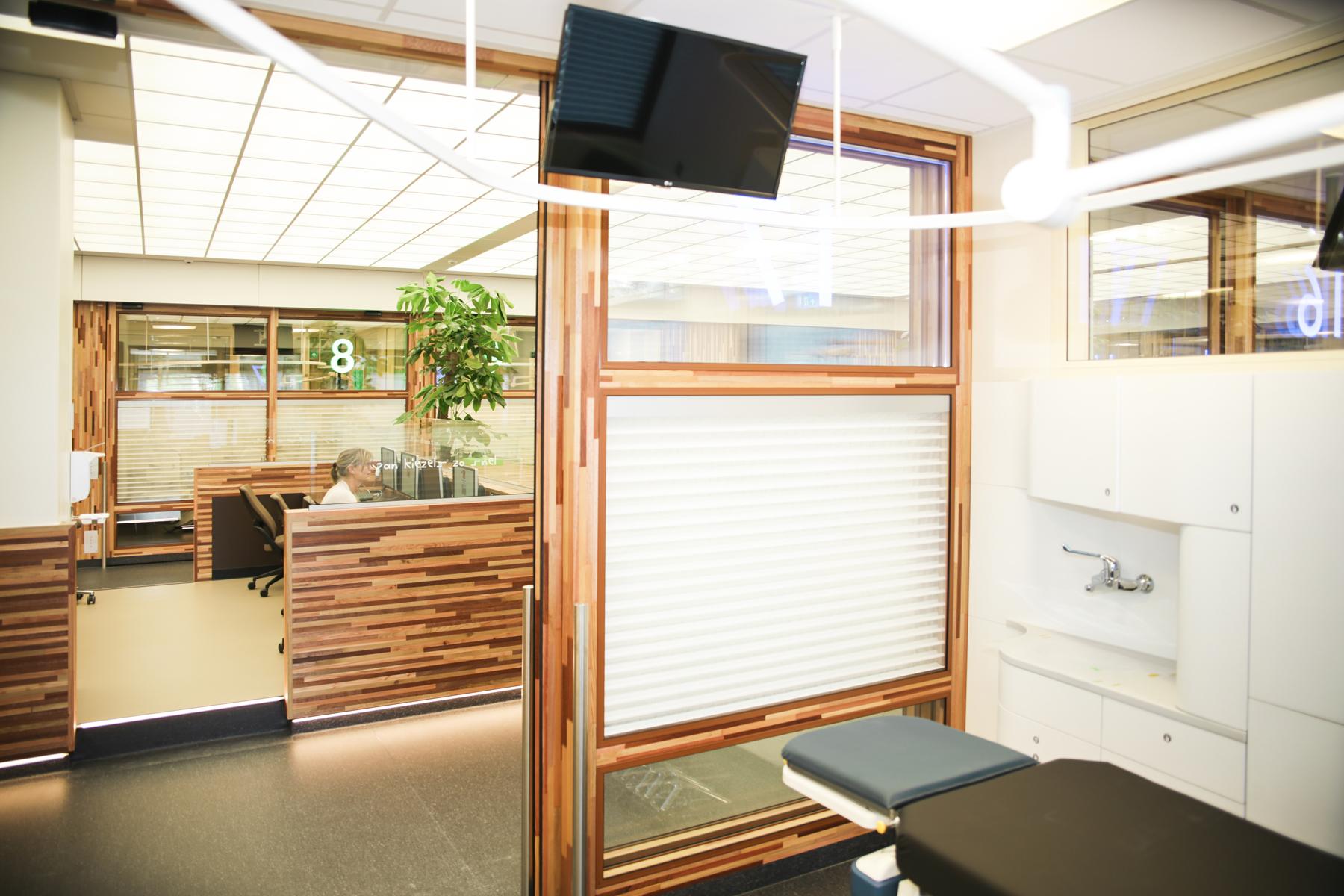 arc17 interieur amc spoedeisende hulp olivier spek architecten de architect. Black Bedroom Furniture Sets. Home Design Ideas