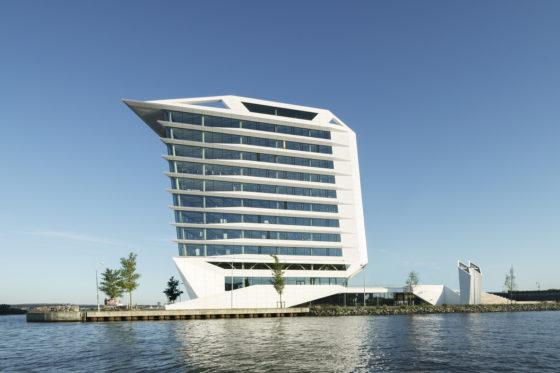 9 europeanhq ck th mvsa architects%c2%a9ronald tilleman 560x373