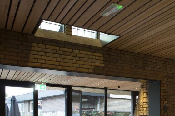 De kerk 10 detail bouwkunst 560x373