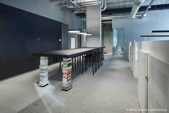 M r ilge office view c 560x373