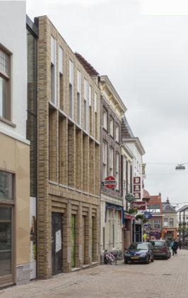 Vector i poele straat 3 266x420