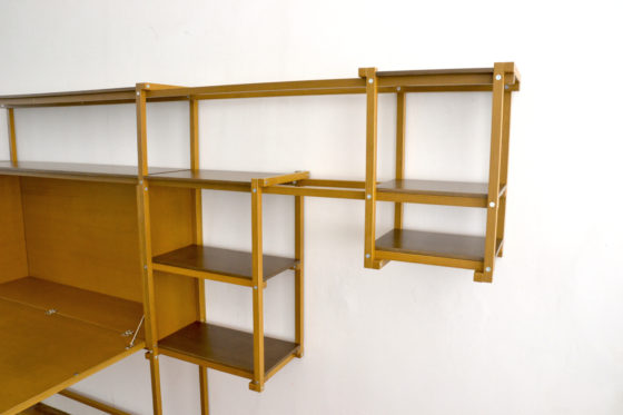 24mm cabinet with folding table 560x373