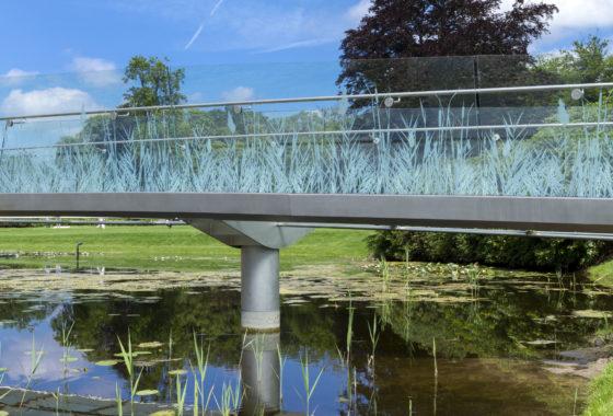 Hvha ruurlocastle accessbridge photo imrecsanydaph 06 560x380