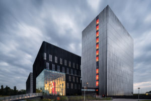 ARC17 Innovatie: Datacenter AM3/AM4 Equinix Amsterdam – Benthem Crouwel Architects