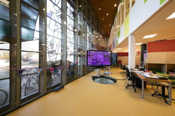 Schoolgebouw en wijkcentrum de twister verheijen smeets architecten5 560x373