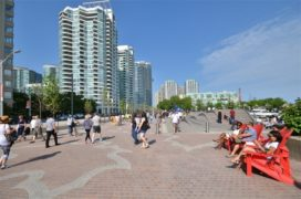 West8 ontvangt Award of Excellence voor Queens Quay Boulevard