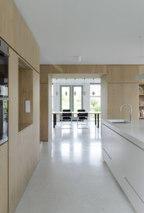 Hoofddorp house 04 284x420