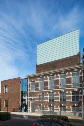Restauratie en uitbreiding schouwburg kunstmin greiner van goor huijten architecten bv1 280x420