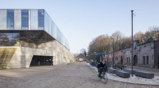 Topsportschool antwerpen tss %e2%80%93 compagnie o architecten foto timvandevelde 1 560x311