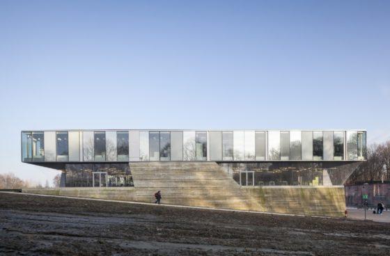 Topsportschool antwerpen tss %e2%80%93 compagnie o architecten foto timvandevelde 3 560x368