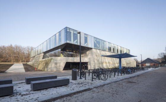 Topsportschool antwerpen tss %e2%80%93 compagnie o architecten foto timvandevelde 4 560x345