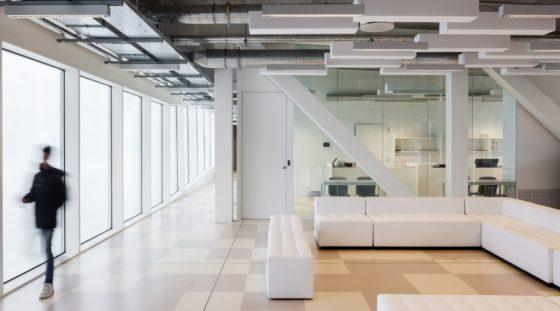 Topsportschool antwerpen tss %e2%80%93 compagnie o architecten foto timvandevelde 8 560x311
